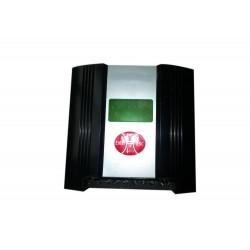 controlador  híbrido eólico-solar para farolas o luces de jardin